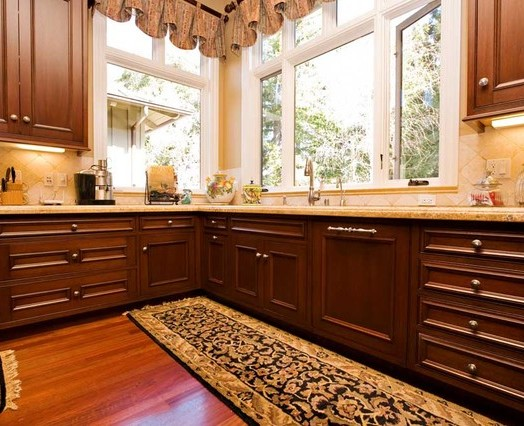 кухонные гарнитуры фото кухни угловые